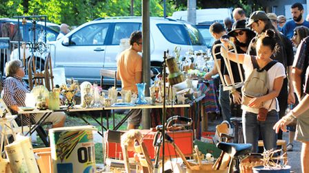 Lille Braderie is a great place to hunt for objects to upcycle © O. Duhamel