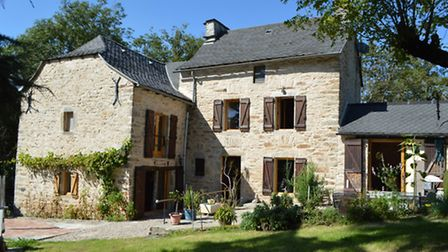 Renovated lodge in Aveyron