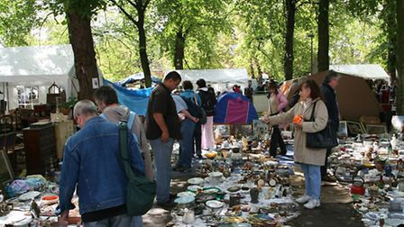 The stalls at the 'Braderie' cover more than 100km ©OT Lille Maxime Dufour Photographie