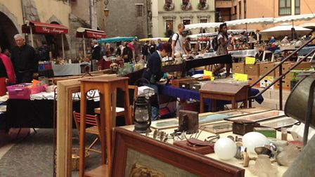A brocante © Vintage French