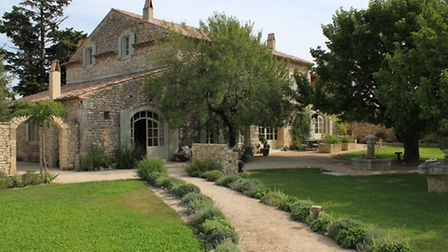 Period property with 3 hectares of vines, 1,890,000 euros