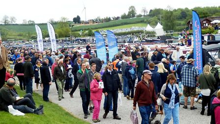 Large crowds from Crick Boat Show 2015