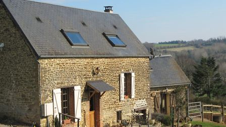 Two cottages in Normandy for 125,000 euros