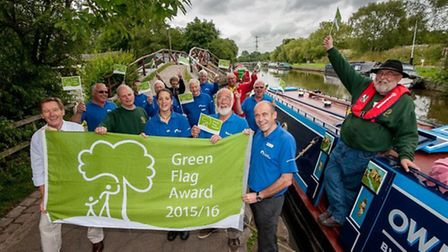 Green flag for Macclesfield Canal