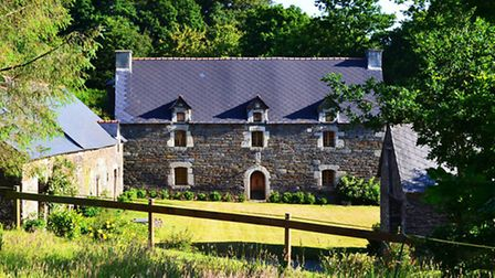 Manor house in Brittany with nine acres of land for 375,000 euros