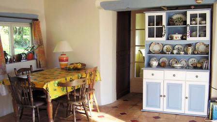 The kitchen at Green Chambres d'Hotes