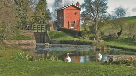 Oxenhall Lock and Cottage restored in the 1990's