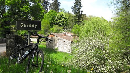 Cycling in Haute-Vienne © The Songbirds