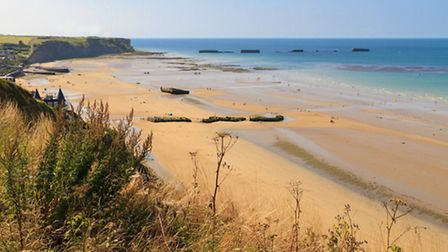 Arromanches, one of the D-Day landing beaches in Normandy © Zechal / Fotolia
