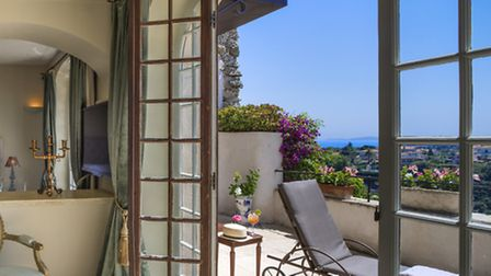Hotels on the Cote d'Azur - Chateau le Cagnard © Tommy Picone