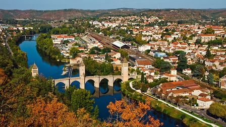 Cahors in Lot © pase4 / Thinkstockphotos
