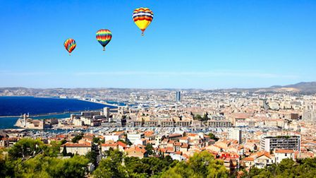 Floating above Marseille in a hot-air balloon ©Thinkstock