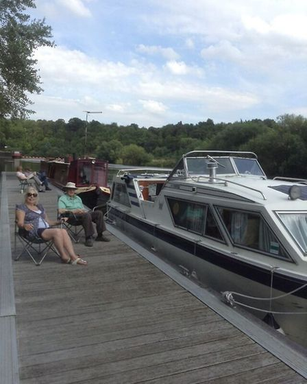 Martin and Ann relaxing at Stoke Lock on the Trent
