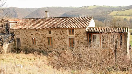 Reasons to buy a renovation - this property is for sale with Agence l'Union ref 5027