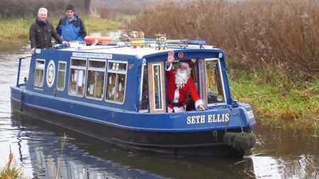 Chesterfield Canal santa trips