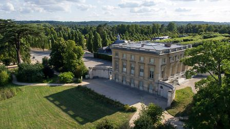 Le Petit Trianon in Versailles' park ©ToucanWings_-CC-BY-SA-3.0