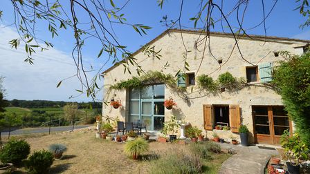 Converted barn in Dordogne from Allez Francais
