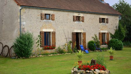 Character farmhouse in Vienne from Beaux Villages