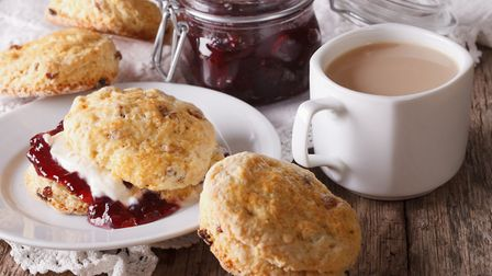 Cream tea is one of the British things you won't find easily in France ©ALLEKO - ThinkstockPhotos