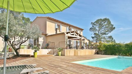 Luxury villa in Provence from Beaux Villages