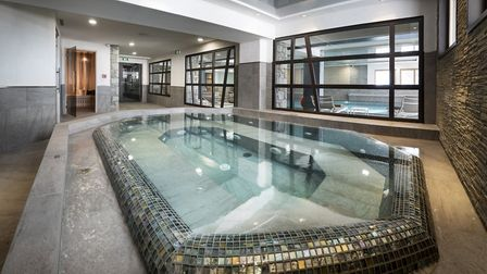 Swimming pool at Residence Amaya in Les Saisies © MGM French Properties