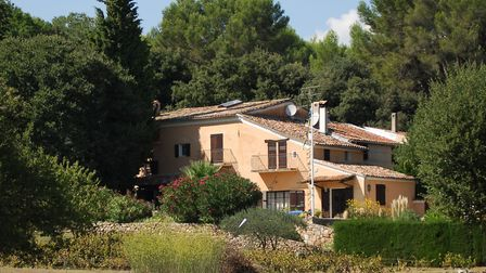 A spacious villa in the south of France