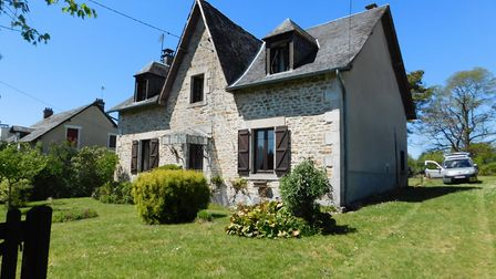 A pretty stone house with lots of space in Corrèze