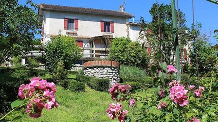 This 4-bed house in Dordogne is under €95,000! Find more bargains in the September 2017 issue of FPN