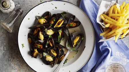Moules-frites in Hauts-de-France © Snap and Stir
