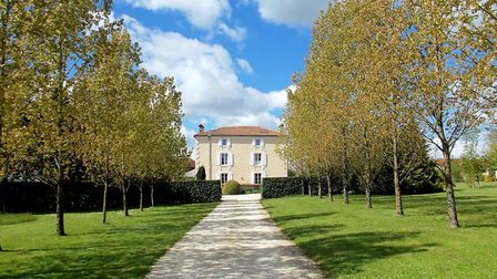 Five-bedroom country house in Charente from Charente Immobilier
