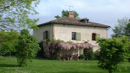 Four-bedroom country house in Tarn-et-Garonne from Agence L'Union