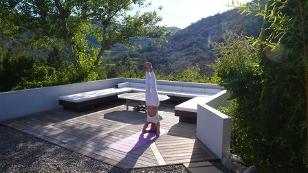 Practising yoga is the perfect way for Linda to wind down while in France