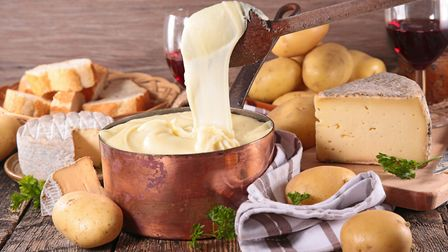 Creamy mashed potato blended with cheese: aligot is the food of dreams (c) Thinkstock