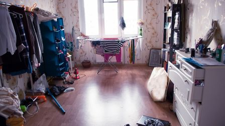 Don't leave your interiors in a mess and remove personal items such as photographs and posters ©valz