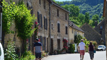 Stroll in the sleepy streets of Baume-les-Messieurs in Jura, France