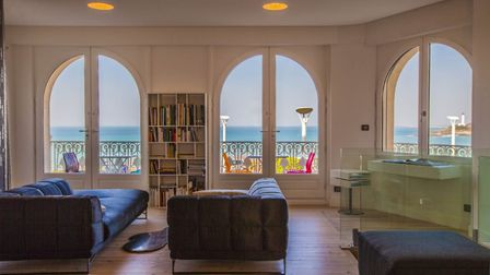 Petite Atalaye in Biarritz is one of the self-catering accommodations we discover in the January 201