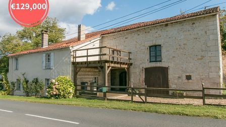 A country house with fantastic views in northern Dordogne