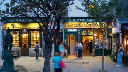 Shakespeare and Company, one of the places Lindsey made friends in Paris