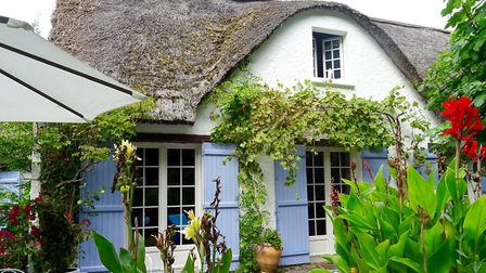 Three-bedroom thatched cottage in Loire-Atlantie from Leggett Immobilier