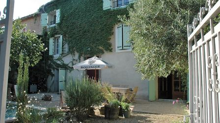 Five-bedroom house on the banks of the Canal du Midi in Aude from Pullen France