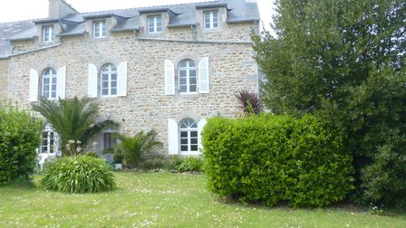 19th century house with nine bedrooms in Finistere from Côté Mer Côte Jardin Immobilier