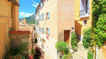 Character cottage on the Cote d'Azur for sale for 199,950 euros