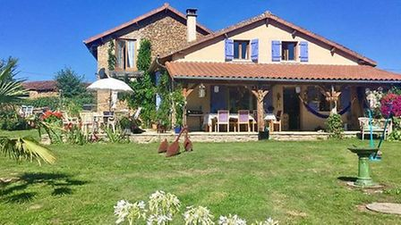 Renovated stone cottage in Haute-Vienne for 199,000 euros