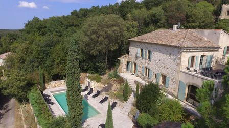 Five-bed character property in Gard from La Residence