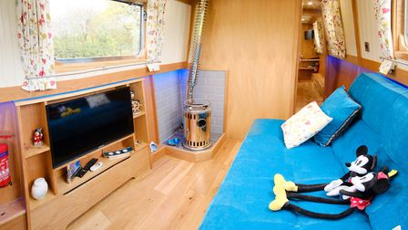 Extended sofa for family sailing
