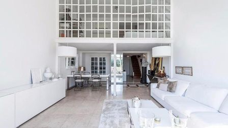 A chic apartment on the market in Nice housed in a former restaurant
