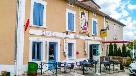 Bar and brasserie business in Dordogne for sale for 41,000 euros