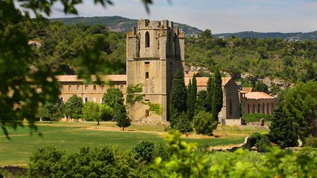 The abbey in Lagrasse in Aude © C. G. Deschamps