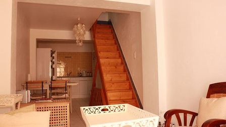 Two-bed house in the seaside resort of Argeles-sur-Mer for sale for 110,000 euros with Beautiful Sou