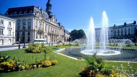 The city hall in Tours in the Loire Valley © Atout France